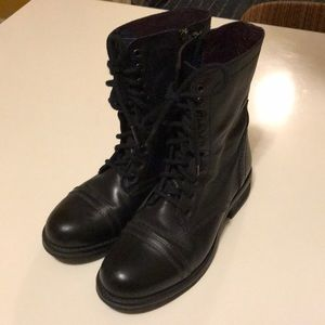 Steve Madden size 8.5 women's ankle boots